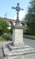 Croix de carrefour – Calamane