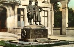 Monument aux frères Auguste et Michel Mahieu – Armentières
