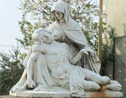 Pietà –  Monument aux morts – Saint-Herblain