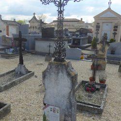 Croix de cimetière – Saint-Étienne-de-Tumont