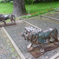 Lions (2) – Parcul  Dimitrie Ghica – Sinaia