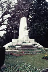 Monument à Jean Ossola – Grasse