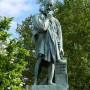 Monument à Ambroise Paré - Laval - Image2