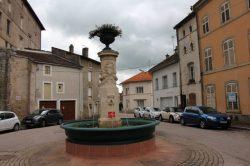 Fontaine – Châtel-sur-Moselle