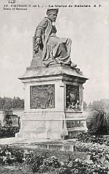 Monument à Rabelais – Chinon
