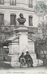 Monument à Raspail – Lyon (fondu)