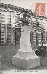 Monument à Renault-Morlière – Ernée