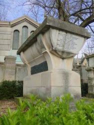 Tombe de Jean de La Fontaine – Cimetière du Père-Lachaise – Paris (75020)