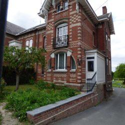 Avesnes-sur-Helpe - Guimard 01