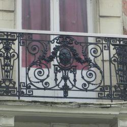 Boulogne-sur-Mer Godefroy balcon 01