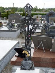 Croix funéraires – cimetière – Cartignies (4)