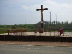 Christ en croix – Coupelle-Vieille