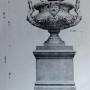 DUC_VO_PL205_F386 - Compositions avec coupes et statues décoratives - Image1