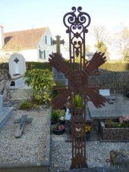 Croix funéraire – cimetière – Embry (3)