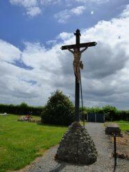 Christ en croix – cimetière – Grand-Fayt