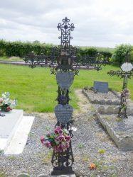 Croix funéraire – cimetière – Grand-Fayt