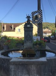Borne-fontaine – Rue d'Andelot – Mesnay