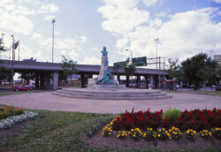 Monument de Crémazie – Square Saint-Louis – Montréal – Canada