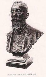 Monument au docteur Capitan – Paris (75005) (endommagé)