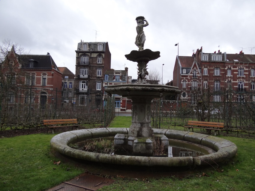 Fontaine jardin vauban lille for Jardin vauban lille