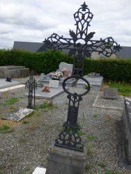 Croix funéraire – cimetière – Marbaix (11)
