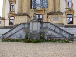 Saint Michel – Monument aux morts – Neufchâteau