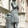 Jeanne d'Arc en prière - Orléans - Image5