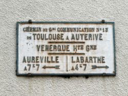 Plaque de cocher – Grand-Rue Rémusat – Venerque