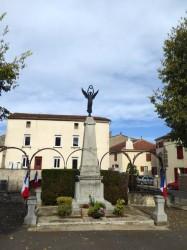 Monument aux morts – Douelle