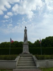 Monument aux mort – Mairie – Formigny