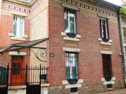 Panneaux pour balcons en pierre Guimard – Avenue du Général de Gaulle – Châlons-en-Champagne