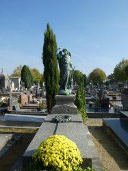 Ange et couronne – Cimetière du Nord – Reims