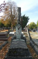 Tombe Isaac Holden – Cimetière du nord – Reims