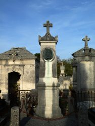 Tombe docteur Gérard – Cimetière de l'Ouest – Châlons-en-Champagne