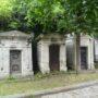 Portes de chapelles sépulcrales  - Division 30 - Cimetière du Père Lachaise - Paris (75020) - Image20