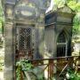 Portes de chapelles sépulcrales - Division 17 - Cimetière du Père Lachaise - Paris (75020) - Image26