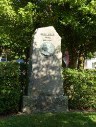 Monument à Jules Adler – Avenue des Thermes – Luxeuil-les-Bains