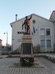 Monument aux morts – Place Adrien Toussaint – Saizerais