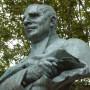 Monument au poète Justin Bessou - Quai de la Sénéchaussée - Villefranche-de-Rouergue - Image4