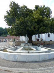 Fontaine de la Vierge – Rue de derrière l'Église – Cerre-lès-Noroy