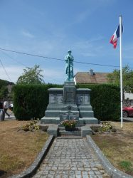 Monument aux morts – Rue du Tram – Ternuay-Melay-et-Saint-Hilaire