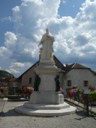 Monument au cardinal Antoine Perrenot de Granvelle – Rue Édouard Bastide – Ornans