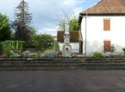 Fontaine avec Vierge Mère – Route d'Ouvans – Lanans