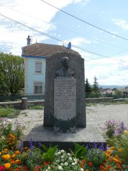 Buste d'Adolphe Girod – Grande Rue – Frasne