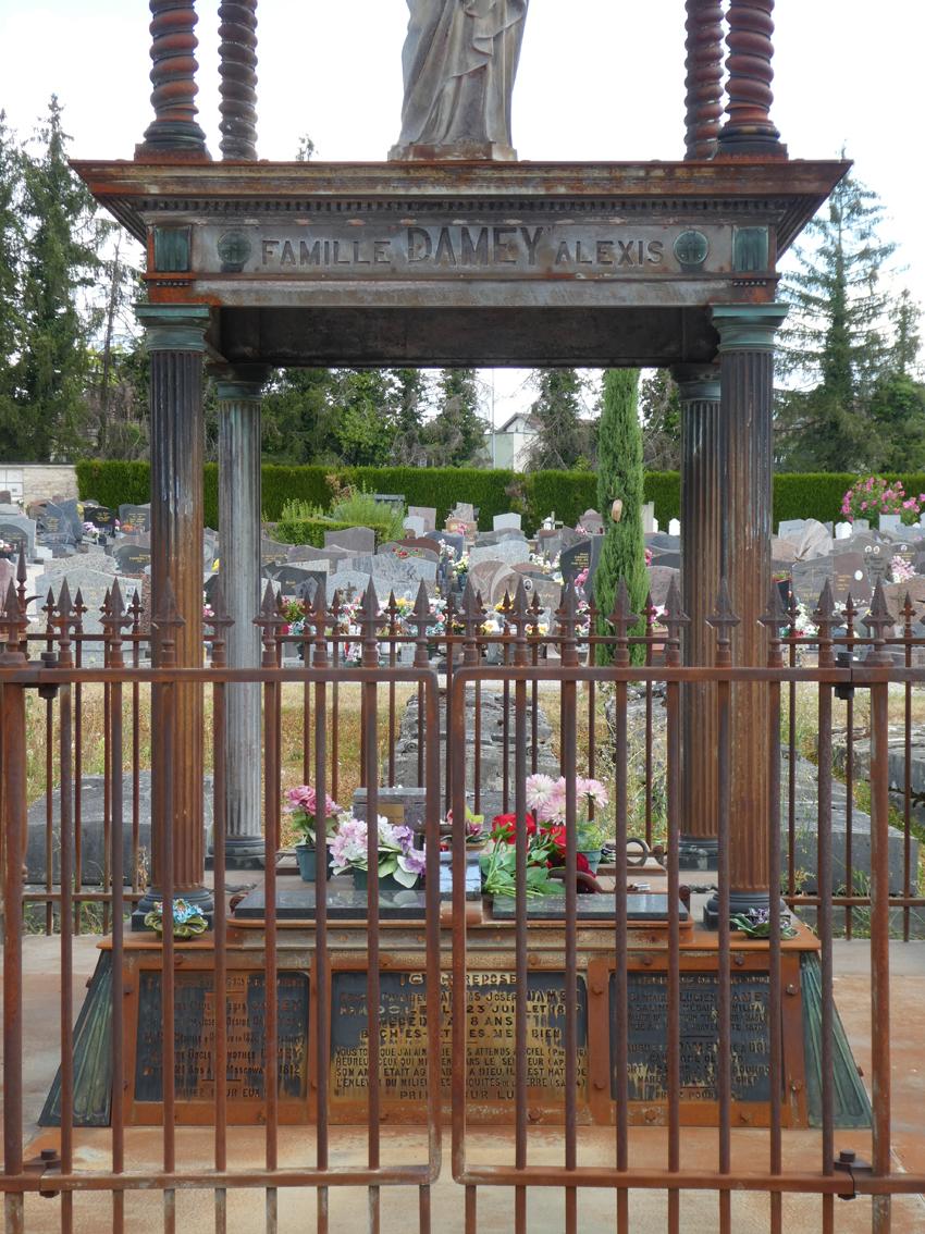 Tombe famille Damey Alexis - Cimetière - Avenue de Landon - Dole - Image1