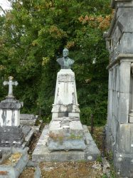Buste Charles Chamberland – Cimetière – Chilly-le-Vignoble