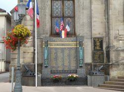 Monument aux morts – Église Saint-Amé – Plombières-les-Bains