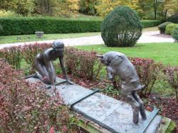 """Groupe """"Jeunesse"""" – Parc des Cordeliers – Salins-les-Bains"""