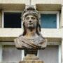 Buste Marianne - Place de la Libération - Uzerche - Image2