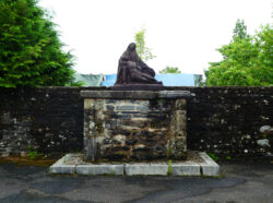 Piétà – Boulevard Joliot Curie – Uzerche